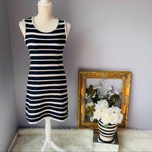 Striped Max Studio mini dress. Size S 💕